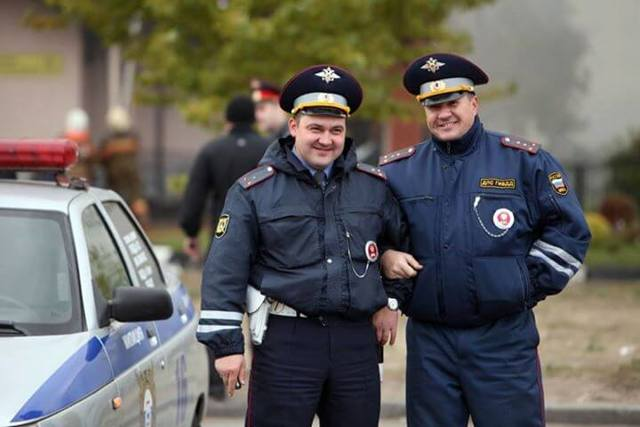Права и обязанности полиции в 2020 году: на что имеет право сотрудник полиции?