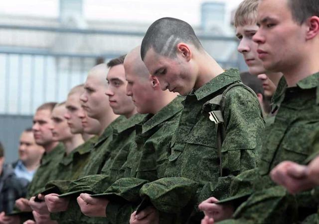 Уголовная ответственность военнослужащих: за преступления против военной службы в 2020 году