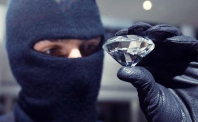 Отличие грабежа от разбоя: в чем разница на 2020 год?