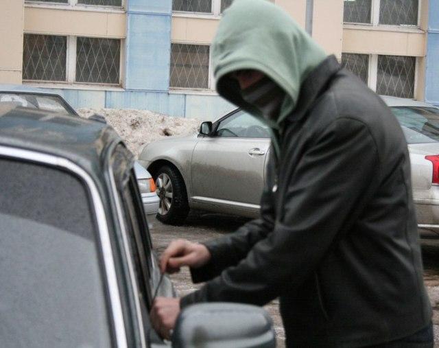 Угон автомобиля: статья 166 УК РФ в 2020 году, сколько дают, наказание