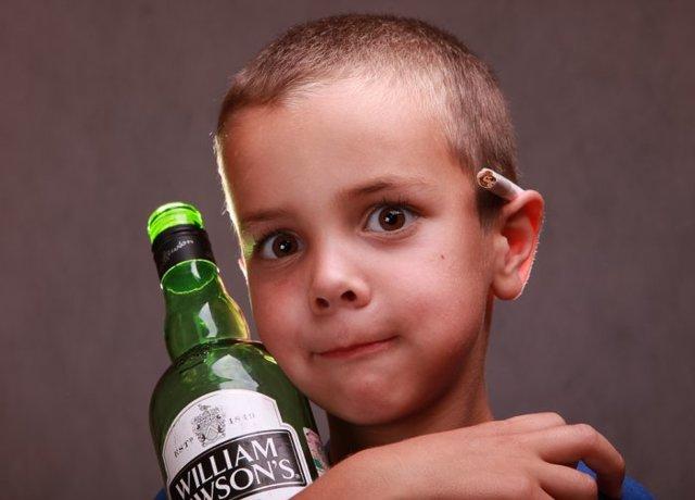 Вовлечение несовершеннолетних в распитие спиртных напитков в 2020 году