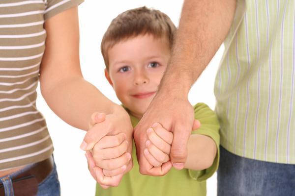 УК РФ: Незаконное усыновление, удочерение в 2020 году