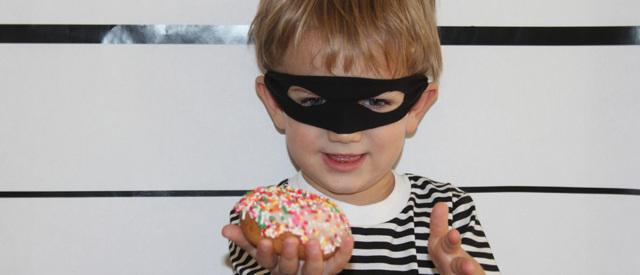 С какого возраста наступает уголовная ответственность? Возраст привлечения в 2020 году
