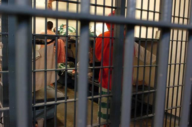 Что будет если уронить мыло в тюрьме в 2020 году? Почему нельзя ронять?