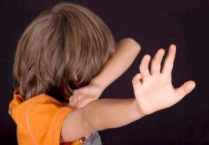 Избиение несовершеннолетних: статья УК РФ в 2020 году, сколько лет дают?